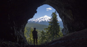 The Gorgeous Hike In Oregon That Leads You Straight To An Unforgettable Lookout