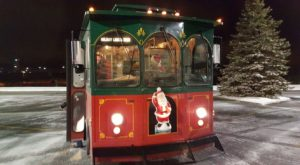 There's A Magical Holiday Trolley Ride In Wyoming That Most People Don't Know About