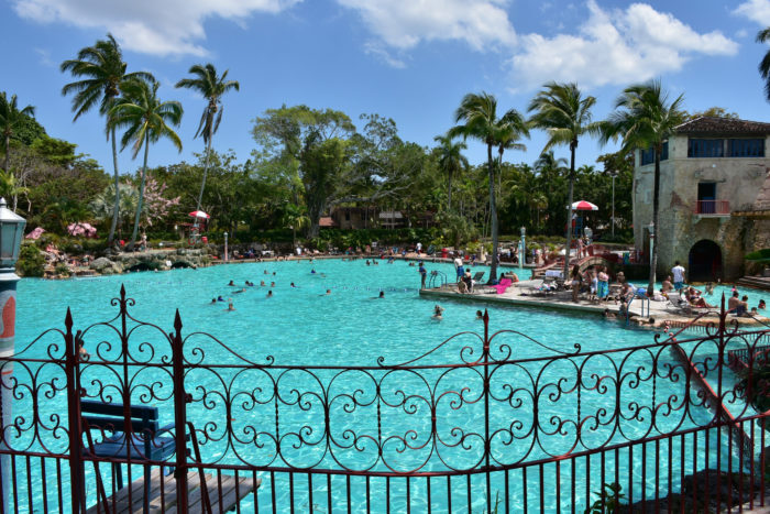 He World S Largest Freshwater Swimming Pool Is Here In Florida