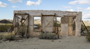 The Abandoned Town In Arizona That Most People Stay Far, Far Away From