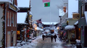 The One Town In Rhode Island That Turns Into A Winter Wonderland Each Year