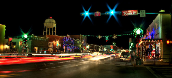 10 Best Town Squares In Texas To Visit During Christmastime