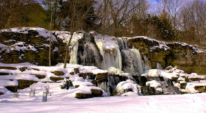14 Gorgeous Frozen Waterfalls And Waterfronts In Kansas That Must Be Seen To Be Believed