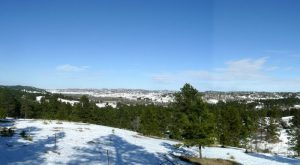 The Easy 1-Mile Winter Hike In Nebraska That's Positively Bewitching