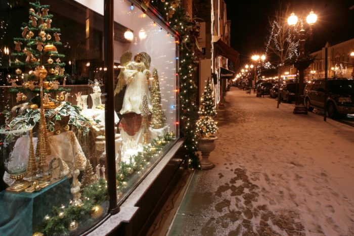 10 Best Christmas Main Streets In Pennsylvania 2016
