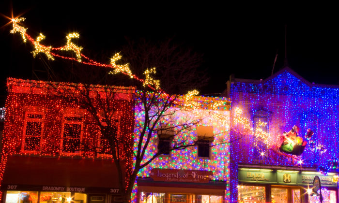 Take A Road Trip To 8 Of Michigan S Most Magical Christmas