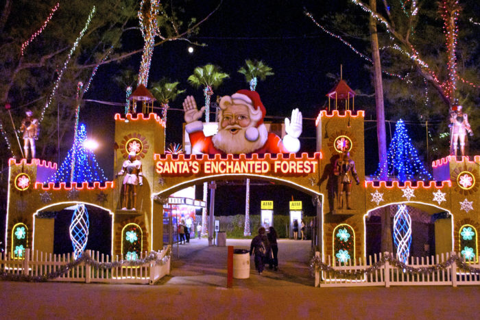 The World S Largest Holiday Theme Park Is Here In Florida