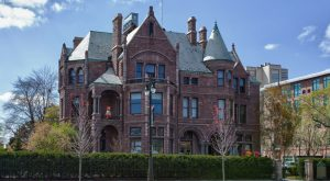 These 9 Haunted Places In Detroit Will Send Chills Down Your Spine