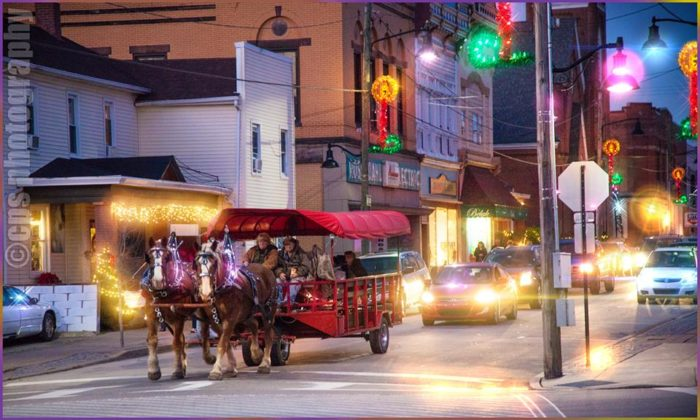 10 Best Christmas Main Streets Near Pittsburgh 2016