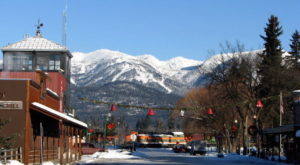 10 Main Streets In Montana That Are Pure Magic During Christmastime