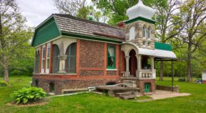 You'll Want To Visit These 11 Houses In Illinois For Their Incredible Pasts