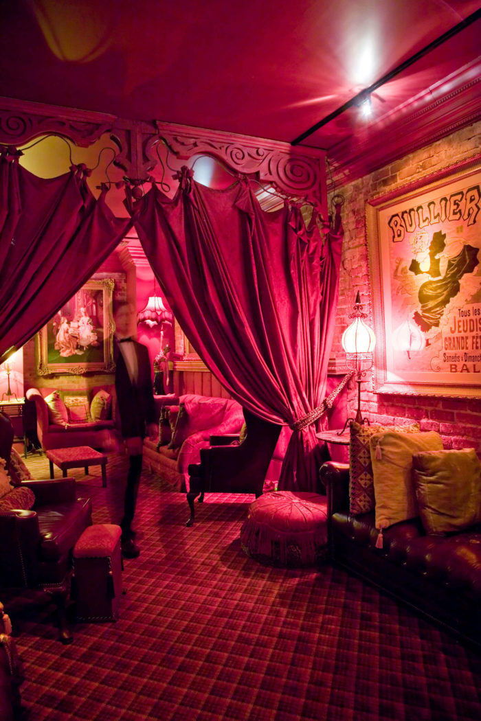 Flashing Red Light >> Muriel's Jackson Square is the Most Haunted Restaurant in Louisiana