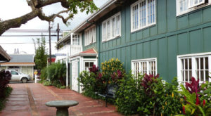 The Charming Town In Hawaii Most People Don't Even Know Exists