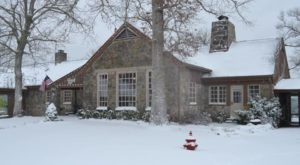 These 9 Cozy Lodges In Kentucky Are Perfect For A Winter Getaway