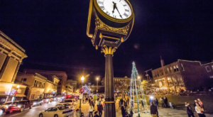 10 Main Streets In Missouri That Are Pure Magic During Christmastime