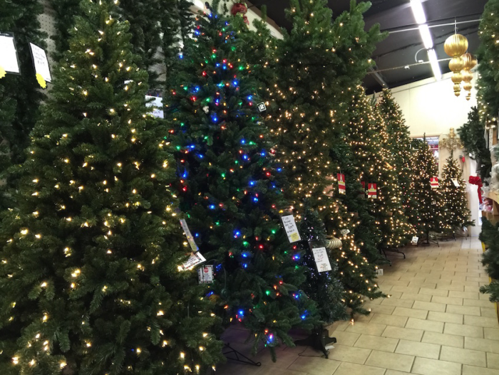 Marge S Specialties Is The Largest Christmas Store In Florida