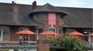 The Train-Themed Restaurant In North Carolina That Will Make You Feel Like A Kid Again