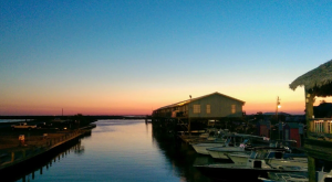 11 Amazing Restaurants Along The Louisiana Coast You Must Try Before You Die