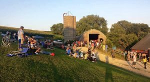 A Barn In The Middle Of Nowhere In Iowa Is Actually The Best Music Venue In The Midwest
