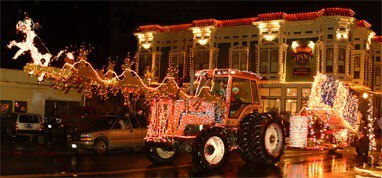7 Best Christmas Main Streets In Northern California 2016