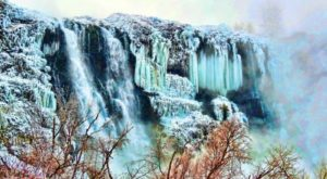 8 Gorgeous Frozen Waterfalls In Idaho That Must Be Seen To Be Believed