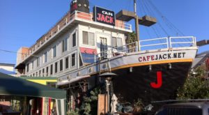If you've ever driven by Cafe Jack in Los Angeles, you may be wondering what kind of restaurant is hiding inside this building that looks like a small cruise ship.