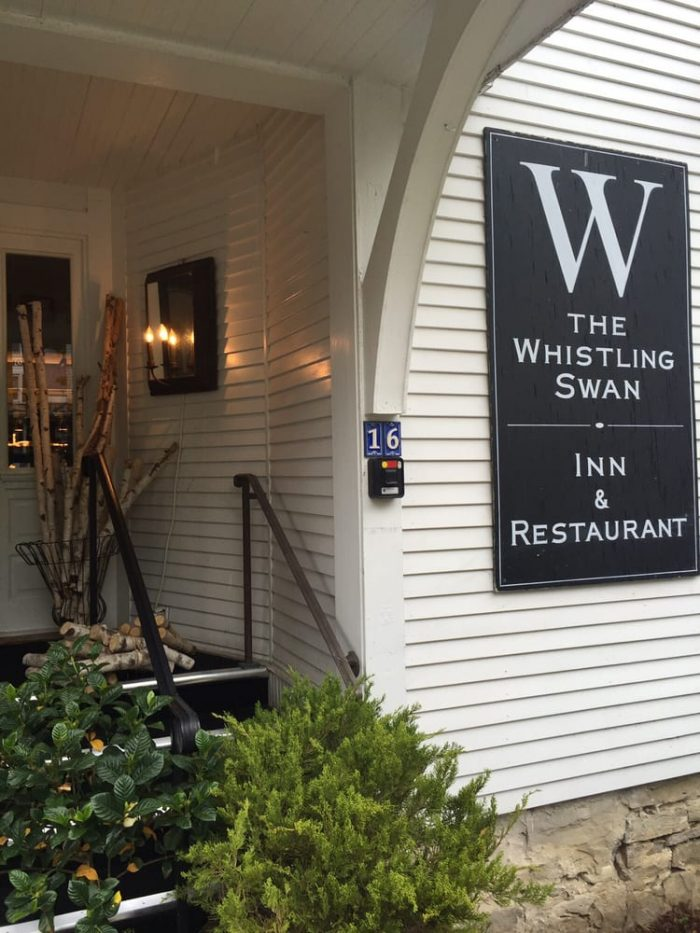 16 of the most romantic restaurants in wisconsin for Whistling swan fish creek