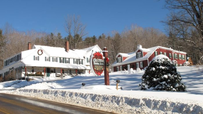 the christmas inn and spa in jackson is an inn spa restaurant and pub where it is christmas year round