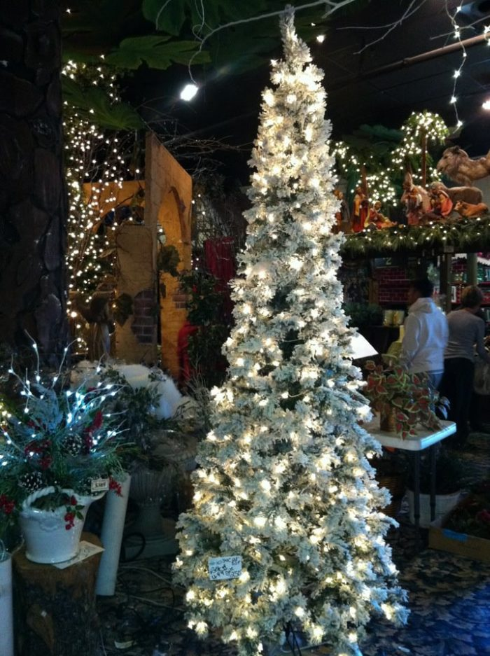 North Pole City Is A Christmas Store In Oklahoma That S