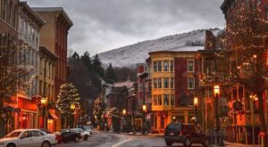 10 Main Streets In Pennsylvania That Are Pure Magic During Christmastime