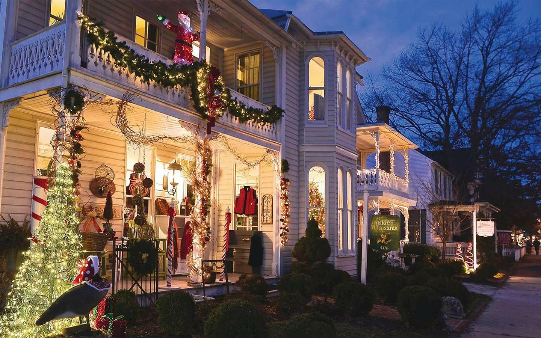 10 Best Christmas Main Streets Near Washington Dc 2016
