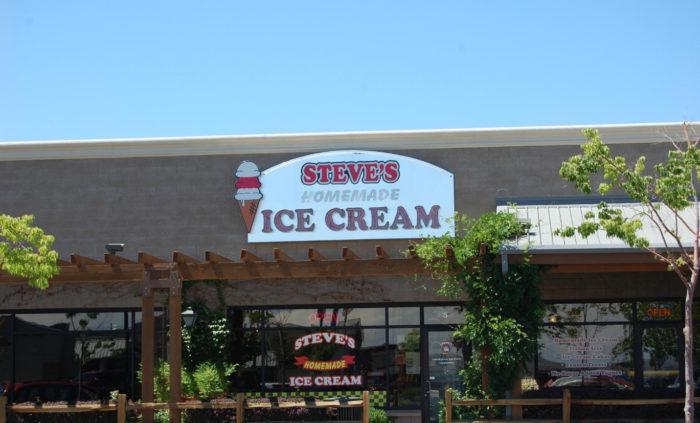 Steve's Ice Cream, Fernley