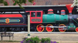 The Train-Themed Restaurant In Tennessee That Will Make You Feel Like A Kid Again