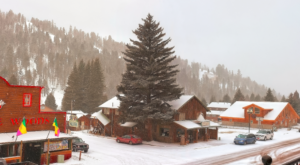 You'll Want To Visit The Snowiest Town In New Mexico This Season
