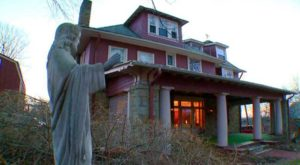 This Home In Pittsburgh Has A Dark And Evil History That Will Never Be Forgotten
