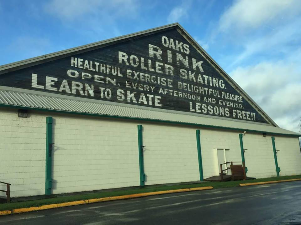 Portland 39 S Oaks Park Has The Oldest Skating Rink In America