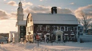 The Oldest Restaurant In Rhode Island Has A Truly Captivating History