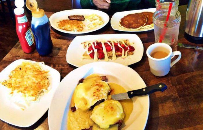 5 restaurants in south dakota that serve breakfast all day for Restaurants that serve brunch