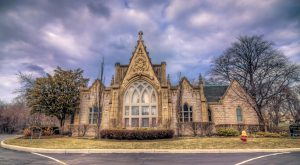 7 Disturbing Cemeteries Around Detroit That Will Give You Goosebumps