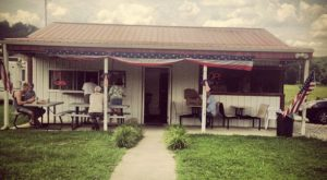 There's a BBQ Joint On This Beautiful Farm In Tennessee And You Have To Visit