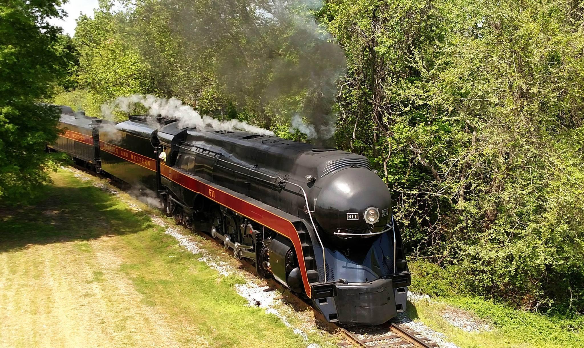 5 Incredible Train Rides You Can Take In North Carolina