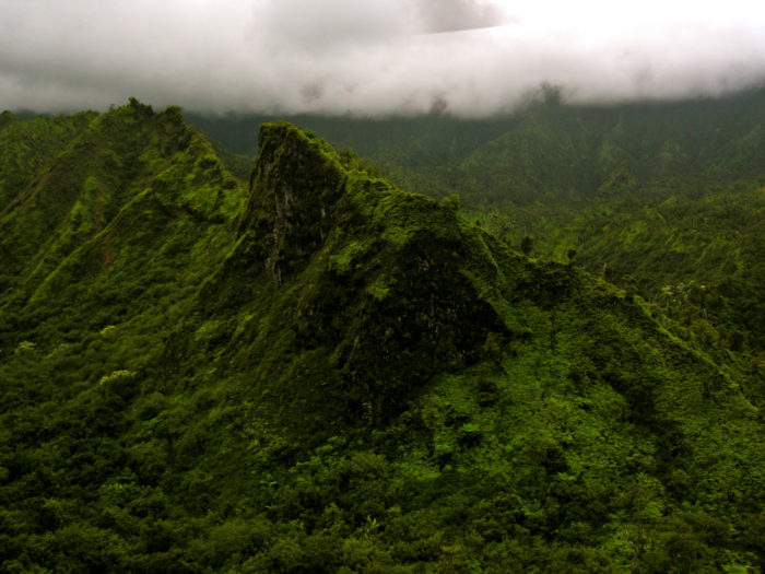 15 remote places in hawaii so worth the drive