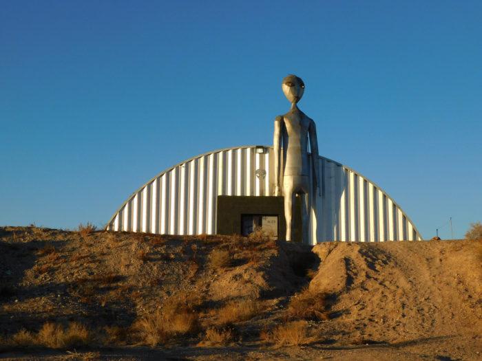 Alien Research Center (Hiko)