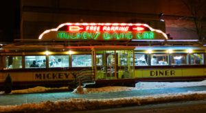 The Iconic Minnesota Diner That Will Take You Back In Time