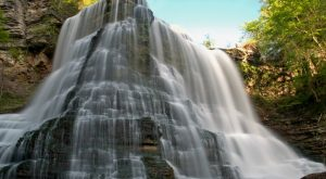 Everyone In Nashville Must Visit This Epic Waterfall As Soon As Possible