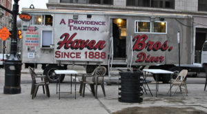 The Oldest Restaurant On Wheels In America Is Right Here In Rhode Island And It's Amazing