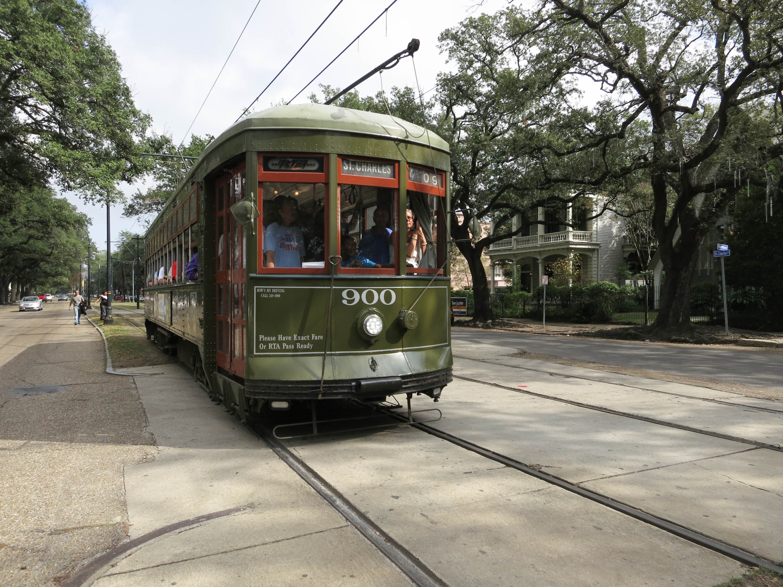 New Orleans Street Cars: This New Orleans Streetcar Is The Oldest In America