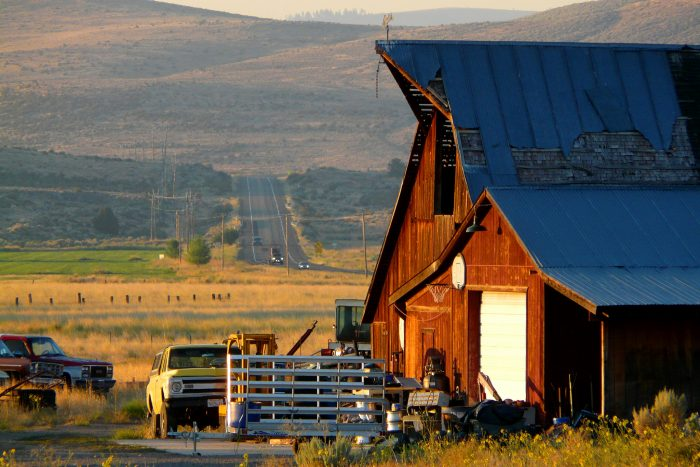 20 Photos Of Life In Small Town Rural Northern California