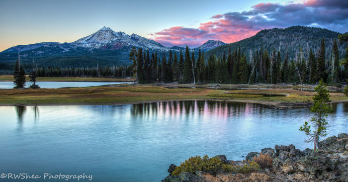 Sparks lake is a beautiful hidden gem in oregon for Clear lake oregon fishing