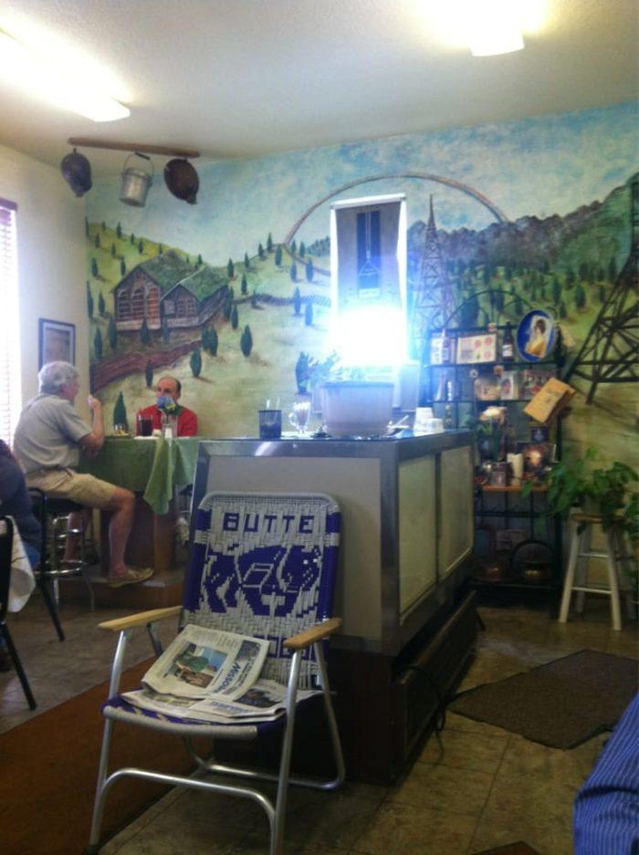 These 13 Restaurants Define Montana